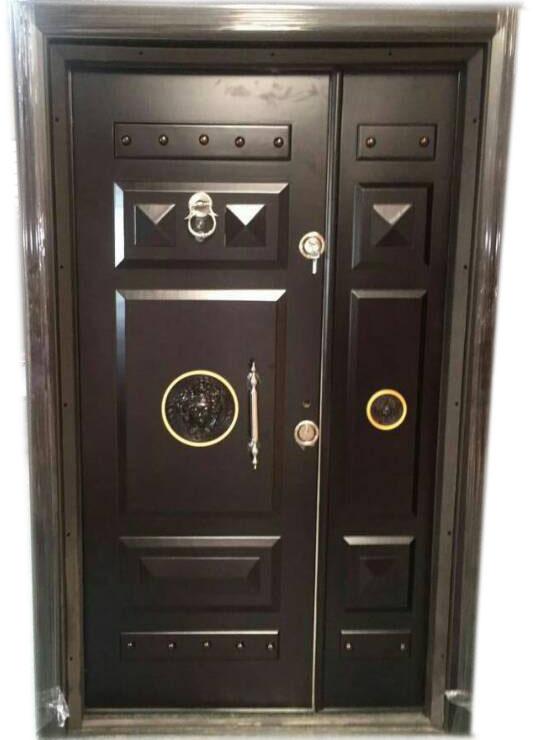 & Versace Armored 4ft Turkey Door